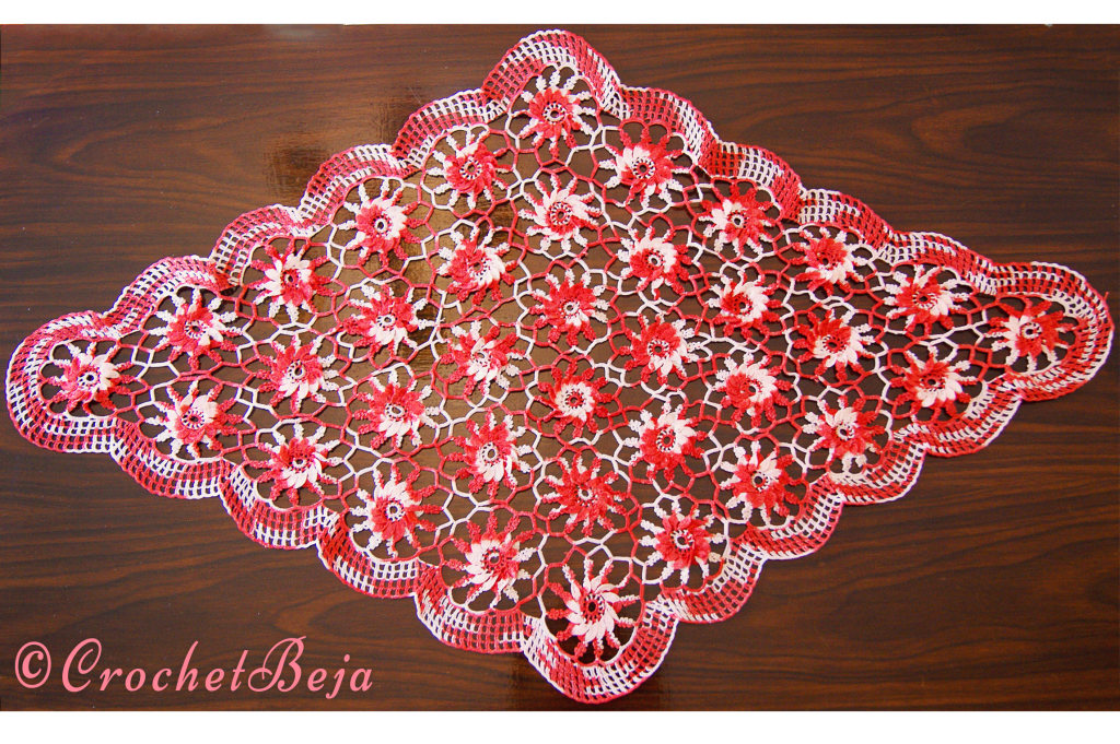 Red&White Doily With 36 Flowers