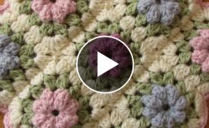 Crochet Puff Stitch Flower Blanket – Pattern & Video Tutorial
