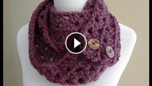 Crochet Button Scarf – Video Tutorial