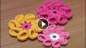 8 Petals Crochet Flower Tutorial