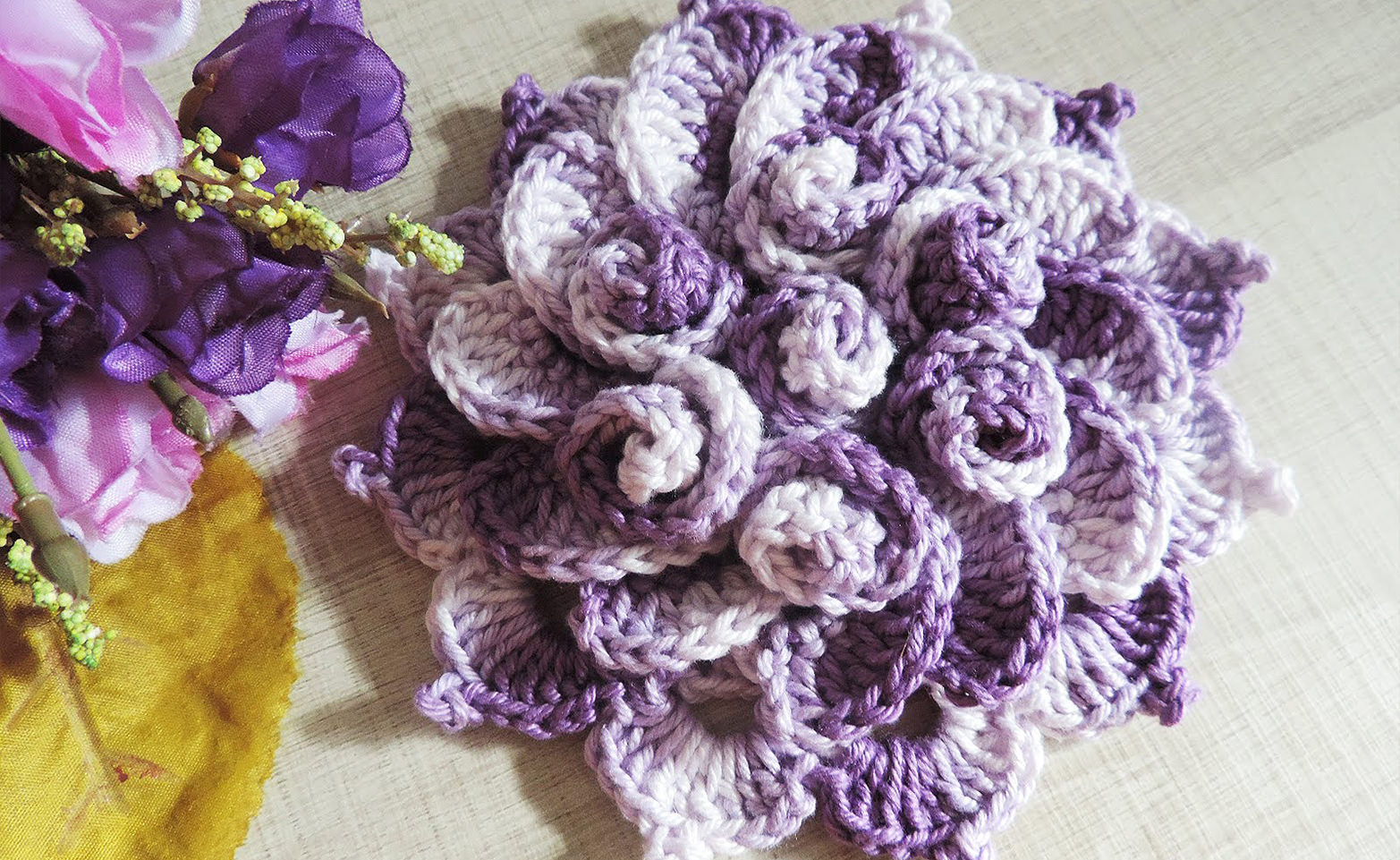 Spring Flower Crochet Pattern Tutorial