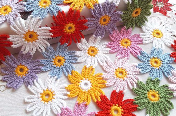 Crochet Flowers Pattern Image