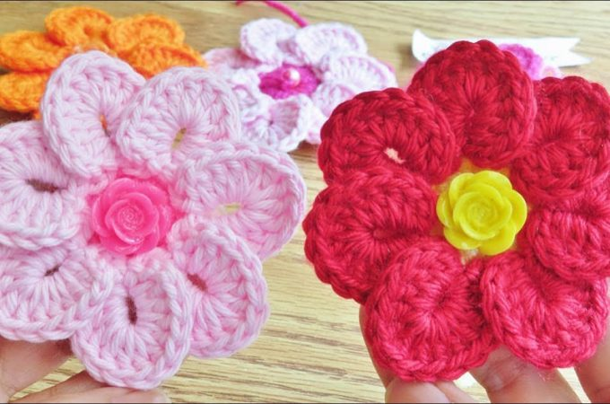 Simple Crochet Flower Featured Image - These gorgeous colourful simple crochet flowers are creative and decorative. Watch the tutorial to get started on one of the many projects mentioned below!